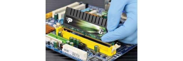 Установка модулей оперативной памяти